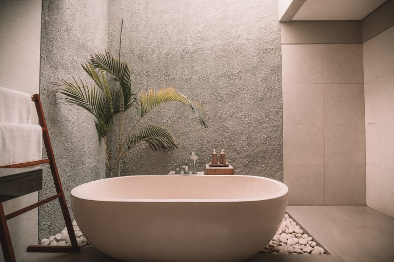 Bathroom Remodelling How to Save Money